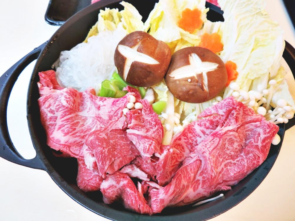【鹿児島県都農町】黒毛和牛肩(ウデ)スライス肉1kgですき焼きをした写真